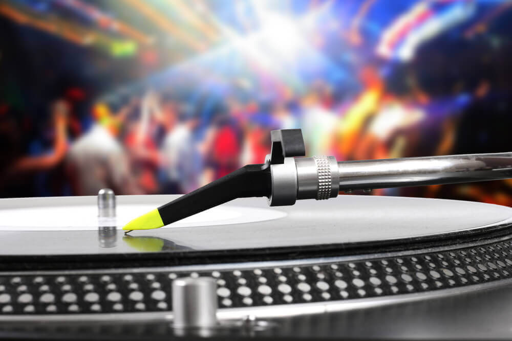 Table tournante DJ Service animation La Champenoise