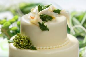 Gâteau blanc et vert