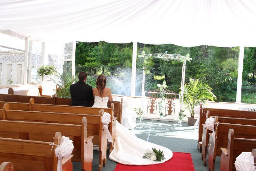 Cérémonie de mariage chapelle extérieure